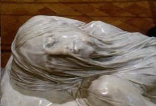 Un particolare del volto del Cristo velato