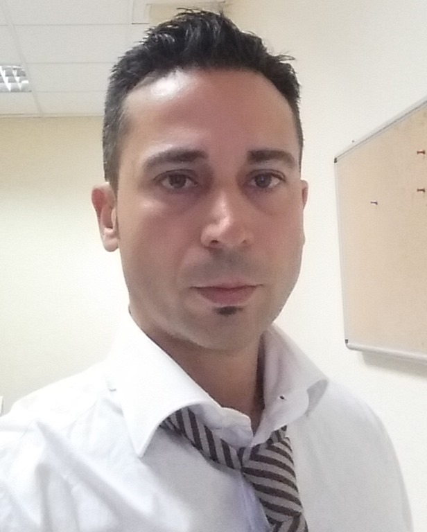 <b>Marco Pizzuti</b> - ufficio4